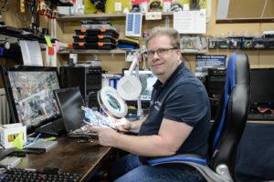Jack Sprengers heeft het bedrijf de PC Dokter in de Roermondse wijk de Donderberg. Voor ondernemersverhaal
